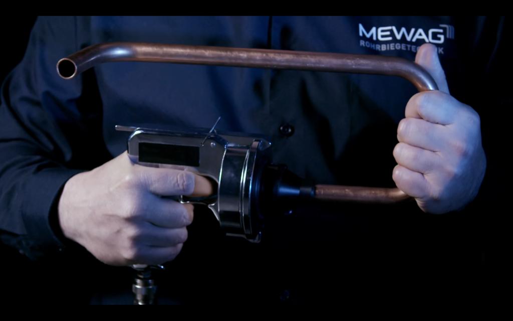 Bevorzugt Innen und aussen speziell gereinigte Rohre NV74